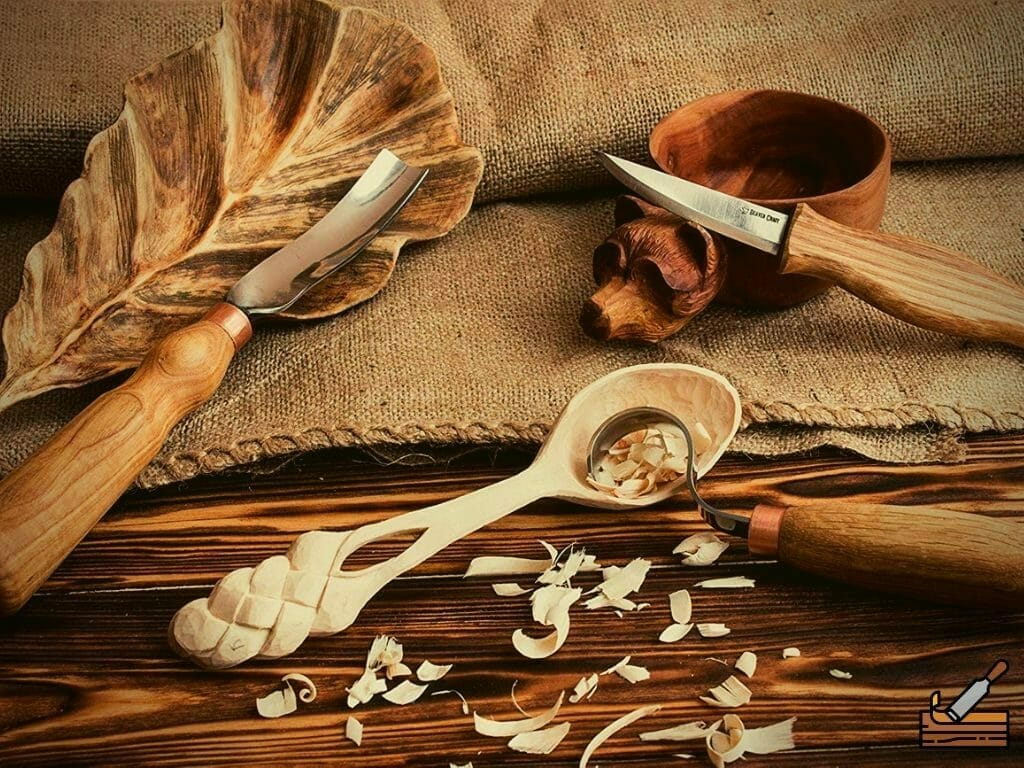 Spoon carving tools kit for beginners from BeaverCraft