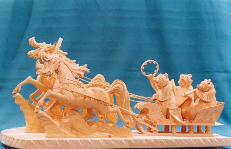 "Horse with the singing bears Author - <a href=""https://vk.com/bogorodskayarezba"" rel=""nofollow"">Bogorodskaya Rezba</a>"