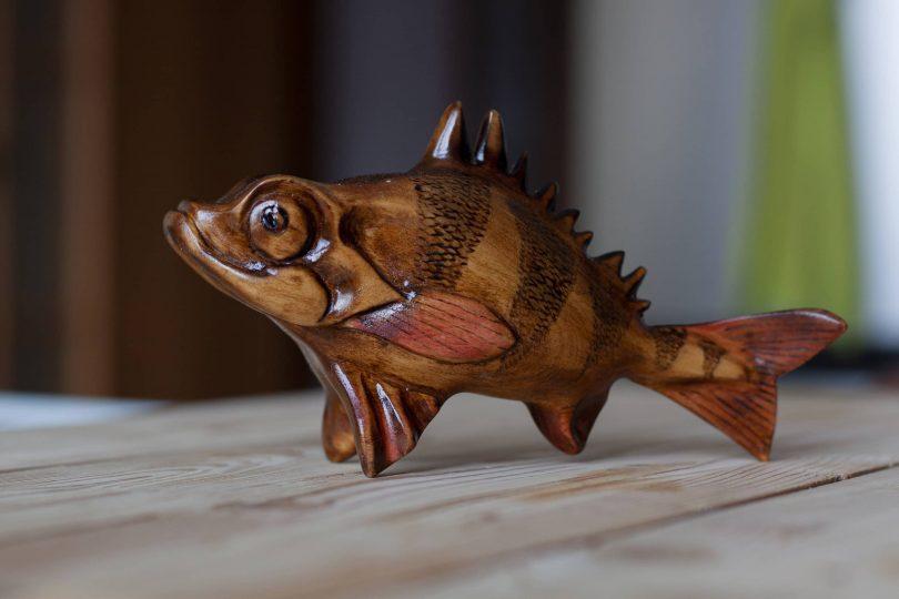 "Drewniana figurka okonia Author - <a href=""https://vk.com/po_derevu_rezba"" rel=""nofollow"">Wood carving</a>"