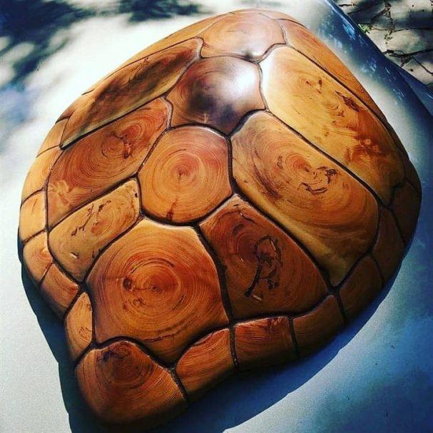 """Drewniana skorupa żółwia Author - <a href=""""https://www.instagram.com/wood.sadik/"""" rel=""""nofollow"""">art of wood and woodworking</a>"""