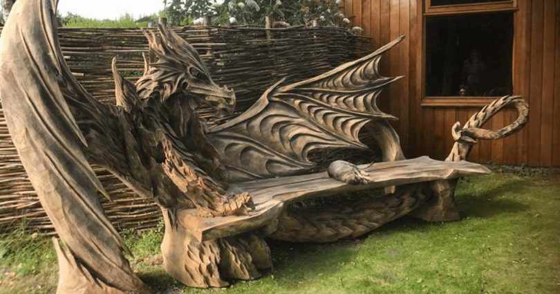 """Dragon Bench Was Carved Using A Chainsaw Author - <a href=""""https://www.boredpanda.com/"""" rel=""""nofollow"""">Bored Panda</a>"""