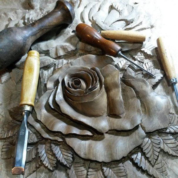 "Wooden Rose Author - <a href=""https://www.instagram.com/navidmashayekhi/"" rel=""nofollow"">navid mashayekhi</a>"