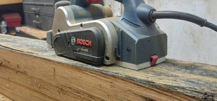 Best Electrical and Mechanical Hand Planers [Buying Guide 2021]